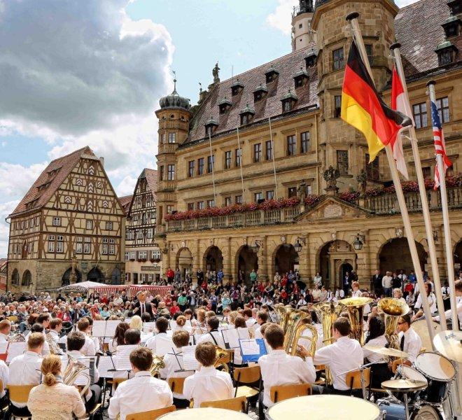 Ambassadors of Music at Market Square in Rothenburg ob der Tauber