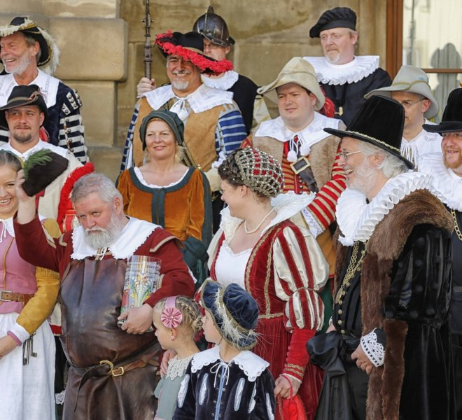 Historical groups during the Master Draught in Rothenburg ob der Tauber