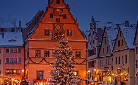 Historical Christmas Market Rothenburg