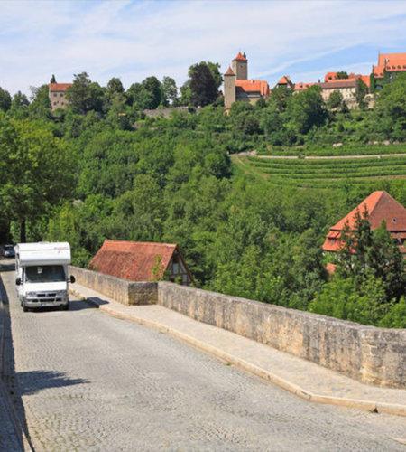 Egal ob mit Zelt, Wohnmobil, Wohnwagen oder Camper - Rothenburg bietet für jeden die passende Unterkunft.