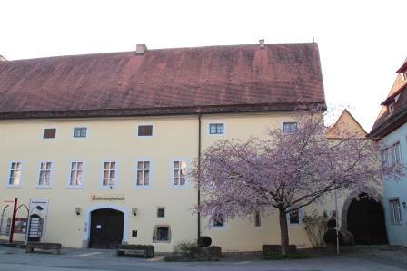Eingang RothenburgMuseum - Nehr