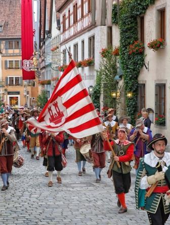Meistertrunk Rothenburg - Umzug Junge Schar - Pfitzinger