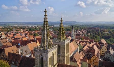 Blick auf St. Jakob in Rothenburg - Pfitzinger
